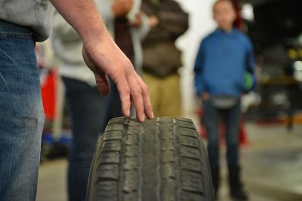 Tuffy auto service tire
