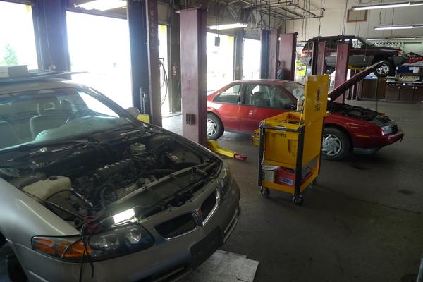 Tuffy Auto Service Center's Certified Technicians Mount Pleasant, Michigan