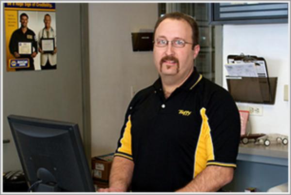 Tuffy Auto Service Center's Certified Technicians Elgin, Illinois