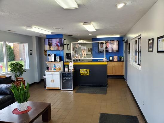 Tuffy Auto Service Center's Certified Technicians Bloomington, Illinois
