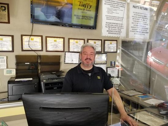 Brake Repair Flint,Michigan Tuffy Auto Service Center