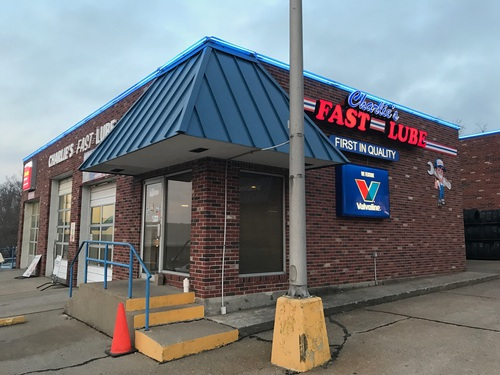 Charlie's Fast Lube Jackson MO
