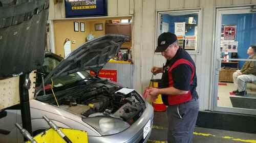 Charlie's Perryville MO - Oil Change Center