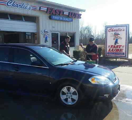 Charlie's Fast Lube Oil Change Center Perryville MO