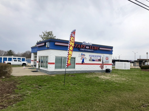 Charlie's Fast Lube Express - Sparta, IL
